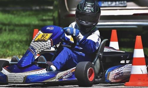 Faut-il préférer un karting à propulsion ou à traction ?
