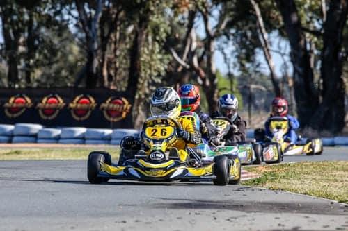 Quels sont les équipements utilisés dans le karting ?